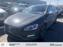 Volvo V60 T6 R-Design | BLIS PACK 2015