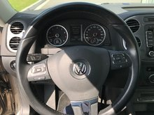 2015 Volkswagen Tiguan 4dr AWD 4MOTION Highline