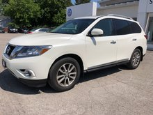 2015 Nissan Pathfinder SL**LEATHER**AWD**
