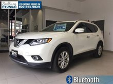 2015 Nissan Rogue SV - BACKUP CAM! HEATED SEATS! MOONROOF!