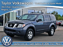 2012 Nissan Pathfinder LE AWD at