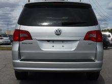 2009 Volkswagen Routan Highline 6sp at