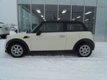 MINI Cooper Hardtop 2DR COUPE 2012