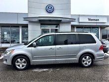 2011 Volkswagen Routan Comfortline WITH WARRANTY
