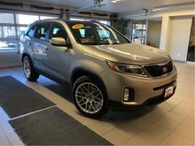 2015 Kia Sorento EX V6 *LOCAL TRADE* NEW TIRES*