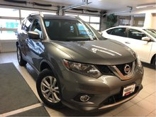 2016 Nissan Rogue SV TECH AWD - NAV / PANORAMIC SUNROOF / POWER LIFT