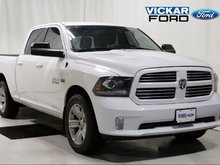 2016 Ram Ram 1500 Crew Cab 4x4 Sport w. Leather & Sunroof & 5.7L Hemi