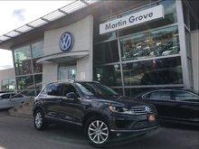 2015 Volkswagen Touareg COMFORTLINE..TECH PKG..NAVIGATION..A MUST SEE