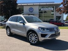 2016 Volkswagen Touareg Sportline PANORAMIC MOONROOF, NAVIGATION, LEATHER