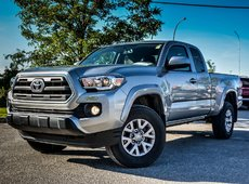 Toyota Tacoma 4X4 SR5 BACK CAMERA 2017