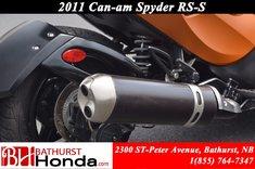 Can-Am Spyder RSS 2011