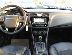 2013 Chrysler 200 S LEATHER SUNROOF LOW KMS