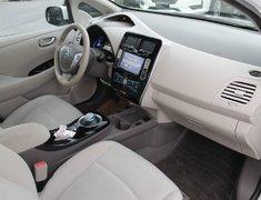 2015 Nissan Leaf SV  LOW KMS