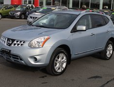 2012 Nissan Rogue SV FWD VERY LOW KMS