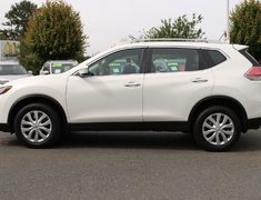 2014 Nissan Rogue 2.5 S ALL WHEEL DRIVE LOW KMS