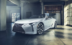 Lexus Unveils Flagship LC Convertible in Detroit