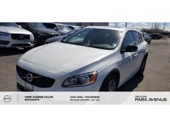 Volvo V60 Cross Country T5 Premier   TECH + CLIMATE PACK 2015