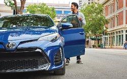 Hyundai Elantra 2019 vs Toyota Corolla 2019 à Amherst