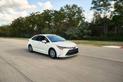 Découvrez la toute nouvelle Toyota Corolla 2020 et sa version hybride! Bientôt disponible chez Granby Toyota!
