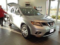 La Nouvelle Rogue 2014 de passage chez Longueuil Nissan!
