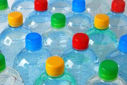 Des pièces construites à partir de bouteilles recyclées sous les véhicules Ford