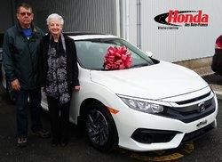 Félicitations aux nouveaux propriétaires #Honda !  Merci pour votre confiance