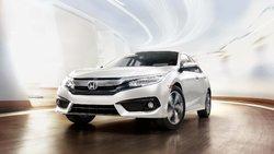 Mazda3 2018 vs Honda Civic 2018 à Laval