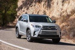 Hyundai Santa Fe 2019 vs Toyota Highlander 2019 chez St-Raymond Toyota