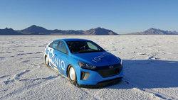 Hyundai IONIQ: Hybride... et record de vitesse