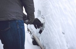 What Are Some Great Auto Hacks to Know This Winter?