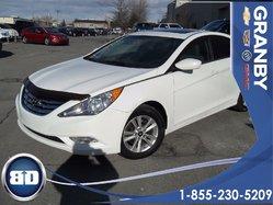 Hyundai Sonata GL  SIEGES CHAUFFANTS  TOIT  OUVRANT  2012