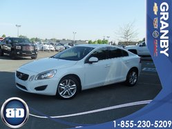 Volvo S60 T6 AWD  TOIT  OUVRANT  S60  2012