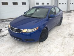 Kia Forte VERSION EX ROUE  MAG BLUETOOTH  2011