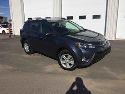 Toyota RAV4 XLE 4X4 36 000 KILOS  2014