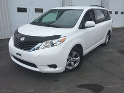 Toyota Sienna VERSION LE 8 PASSAGERS  2014