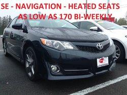 Toyota Camry SE / NAV / HEATED SEATS / LOW KM!  2014
