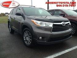 2015 Toyota Highlander XLE  - $279.90 B/W