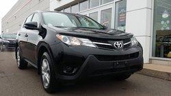 Toyota RAV4 LE / FWD  2014
