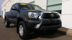 2014 Toyota Tacoma Sr5 access cab  4cyl