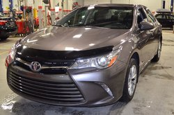 2015 Toyota Camry *MÉCHANT DEAL*