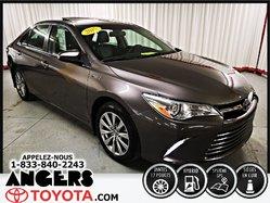 Toyota Camry Hybrid XLE  2015