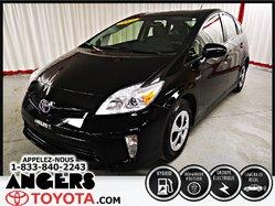 Toyota Prius HYBRIDE  2015