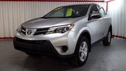 Toyota RAV4 LE  TRACTION  2014