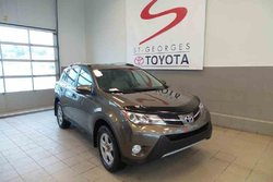 Toyota RAV4 AWD XLE  2014