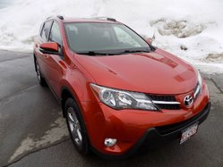 Toyota RAV4 XLE  Garantie  08/04/2020 exp.  2015