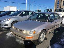 Toyota Corolla DX berline 4 portes  1996