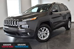 Jeep Cherokee North 4X4+ V6 3.2LITRES+ MAGS+ FOGS  2018