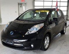 Nissan Leaf SV // 120KM Autonomie // Sièges chauffants //  2012