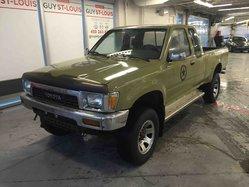1991 Toyota 4WD Pickups DLX