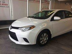 2014 Toyota Corolla Le siège électrique